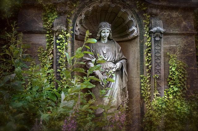 Grabmal - Bestattungsarten